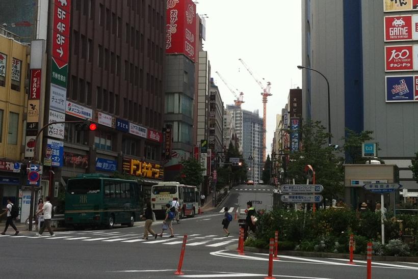 2014年7月13日高田馬場駅より望む住友不動産スカイフォレスト
