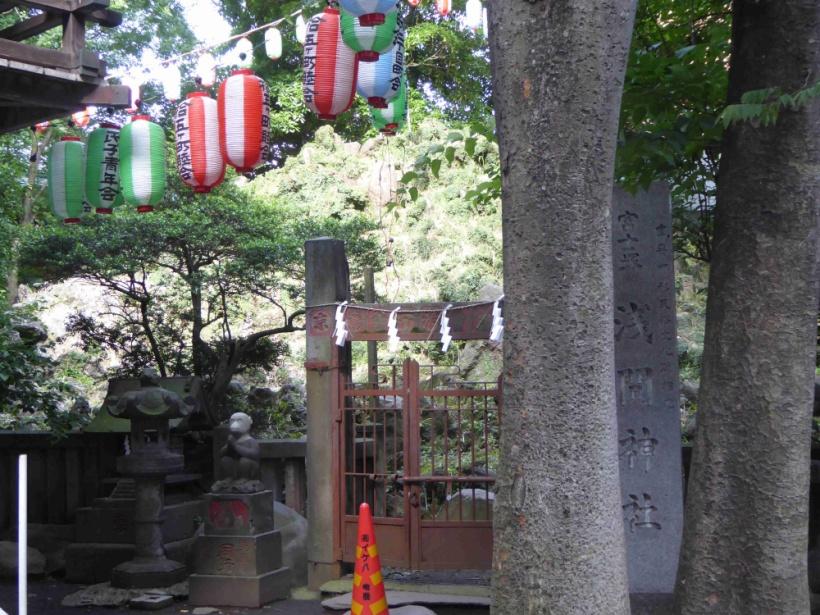 下谷坂本富士(浅間神社)