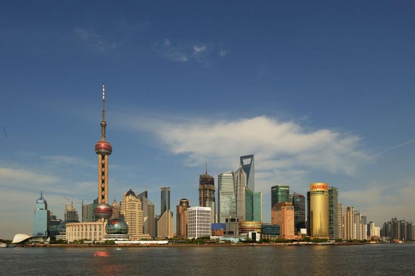skyline-of-pudong,-shanghai、Pyzhou撮影-wikipediaによる